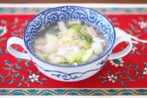 白菜のベーコンスープ