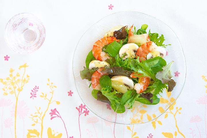 グレープフルーツとエビのサラダ