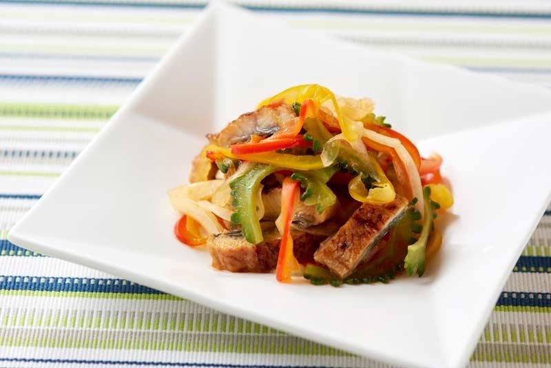うなぎと夏野菜のピリ辛マリネ